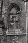 Vondelstraat 120, Vondelkerk, beschadigd glas-in-loodraam