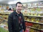 Atouli Tropical food. Foto van een deelnemende winkelier aan het project 'Bijlme…