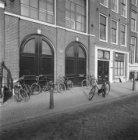 Keizersgracht 98 (ged.) - 102 v.r.n.l. Op nummer 102 de voormalige Remonstrantse…