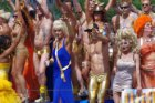 Gay Pride Amsterdam 2013. De boot van Drag Queens United in het Westerdok, bij h…