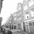 Anjeliersstraat 36 (ged.) - 76 v.r.n.l. Tussen de nummers 36 en 40 een naamloze …
