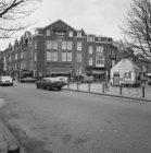 Cornelis Schuytstraat 44, links Johannes Verhulststraat 106 - 116 v.r.n.l