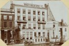 """Het voormalige Brack's Doelen Hotel met de Toren """"Swight Utrecht"""" - alles afgebr…"""