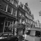 Hazenstraat 4 - 26 (ged.) v.r.n.l. Tussen de nummers 10 en 18 de Turkse Keizersp…