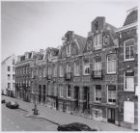 Helmersstraat, Eerste 85-77 (ged.)(vlnr.). Het witte perceel is achterzijde en z…