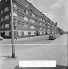 Zaanstraat 54 - 64 v.r.n.l. en links Hembrugstraat 75 (ged.) - 77, onderdeel van…