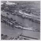 Luchtfoto van het Oostelijk Havengebied en omgeving gezien in zuidoostelijke ric…