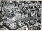 Luchtfoto van de Nieuwezijds Voorburgwal en omgeving gezien in zuidoostelijke ri…