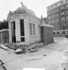 Herengracht 546, tuinhuis. Rechts in het verschiet achtergevels Keizersgracht 68…