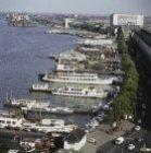 Panorama van het IJ, gezien in zuidoostelijke richting vanaf het Havengebouw