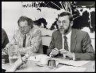In Nieuwspoort in Den Haag geven Prof. Dr. A.E. Becker (links) en Prof. Dr. F.A.…