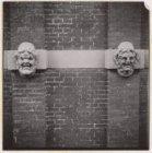 Een ornament aan de voorgevel van het huis Bartolotti, Herengracht 170-172