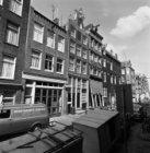 Binnen Brouwersstraat 2 - 22 (ged.) v.r.n.l. met aansluitend rechts de zijgevel …