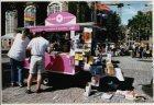 Informatiepunt op de Westermarkt tijdens de Gay Games Amsterdam van 1 tot 8 augu…