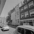 Laurierstraat 1 met links aansluitend de zijgevel van Prinsengracht 228. Links i…