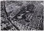 Luchtfoto van het Vondelpark en omgeving gezien in noordelijke richting