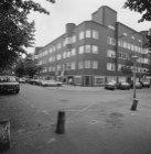 Jan Maijenstraat 50-76 v.r.n.l., rechts Torresstraat 1-9