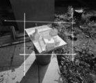 Maquette op een vuilnisemmer van Durgerdammerdijk 95 (ged.) - 102 v.r.n.l. Links…