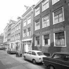 Noorderkerkstraat 1 - 15 met aansluitend rechts de zijgevel van  Noordermarkt 27…