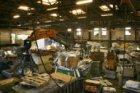 Oranje-Vrijstaatkade 27. Interieur van de loods van Springers Metaalhandel