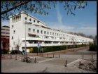 Bertrand Russellstraat 2 t/m 170 (achterzijde links, v.l.n.r.) met nieuwbouwwoni…