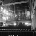 Singel 411, Oude Lutherse Kerk, interieur gezien naar de preekstoel en het orgel