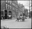 Brouwersgracht 139-175 en links de Willemsstraat
