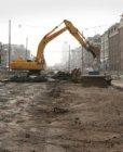 Tweede fase herprofilering Wibautstraat. Opbreken van de oude wegverharding, gez…