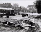 Verloederde speelplaats op het Balboaplein, gezien in zuidoostelijke richting na…