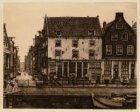 Zwanenburgwal en gezicht over de Sint Antoniesluis