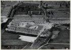 Luchtfoto van de Erasmusgracht (midden links) en omgeving gezien in oostelijke r…