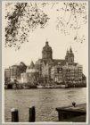 Het Open Havenfront gezien naar Prins Hendrikkade 88-95