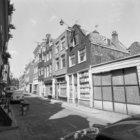 Tichelstraat 1 (ged.)  -39 onderbroken door de Karthuizersstraat