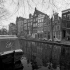 Egelantiersgracht 3 - 25 (ged.)en geheel links Prinsengracht oneven zijde