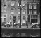 Broodkarren van bakkerij Henri J. Carels aan de Lauriergracht 49-55