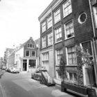 Eerste Egelantiersdwarsstraat 1-7, onderbroken door Egelantiersstraat 54