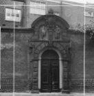 Lazarussteeg, poortje uit 1609 van het voormalige Leprozenhuis
