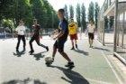 Straatvoetbal aan de Winterdijkstraat