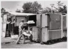 Vuilcontainer op markt Mosplein
