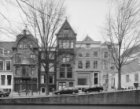 Reguliersgracht 55 (ged.) - 69. Rechts een gedeelte van de Amstelkerk op het Ams…