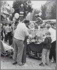 Dapperfestival tijdens de zondagsmarkt in de Dapperstraat