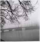 Amstel, vaste brug 101 (Nieuwe Amstelbrug), gezien vanaf de Weesperzijde in zuid…
