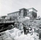 Javakade 21, het kantoor van de Samenwerkende Havenbedrijven (SHB), gevel