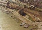 Luchtfoto van het westelijk Stationseiland, de Ruijterkade en het Afgesloten IJ