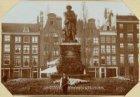 Het Standbeeld van Rembrandt op het Rembrandtplein