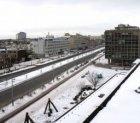 Renovatie van de Wibautstraat in de sneeuw ter hoogte van nummer 150 gezien vana…