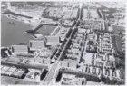 Luchtfoto van Slotermeer met de Burgemeester Röellstraat, gezien naar het westen