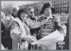 """""""Napoleon"""" legt op de Alexanderkade, namens winkeliersvereniging Dapperbuurt, ee…"""