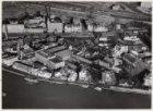 Luchtfoto van de Amstel en omgeving gezien in noordoostelijke richting