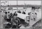 Discussie op de rijweg: foto-sessie op de nieuwe Ringweg-Oost ter hoogte van Bet…